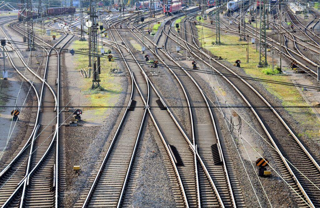 train 3487588 1920 1 1024x667 - Entreprise